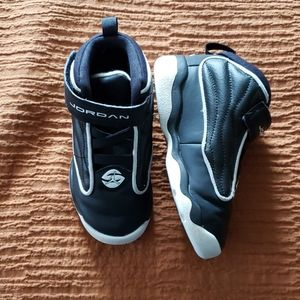 Toddler tennis shoes, sneakers 9C